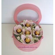 Букет от бонбони Розов цвят