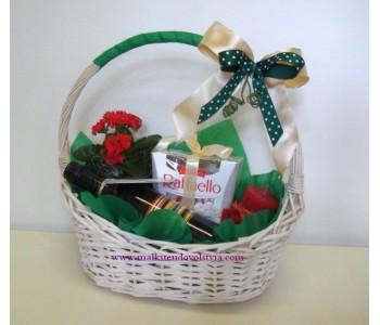 Подаръчна кошница Рафаело