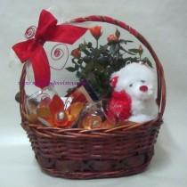 Подаръчна кошница Рози с любов